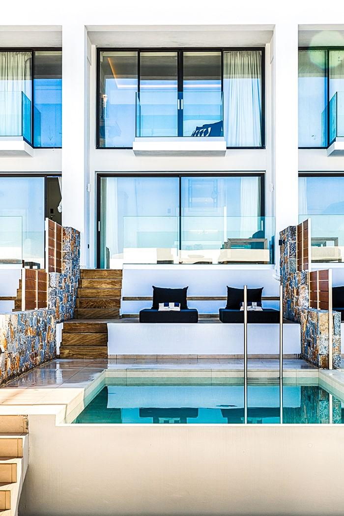 Suite Exterior mit Privatpool - Abaton Island Resort & Spa