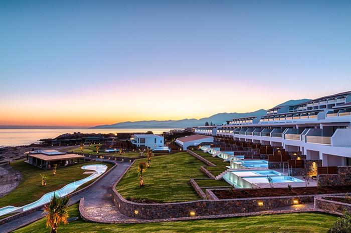 Zimmer auf der Meerseite - Abaton Island Resort & Spa